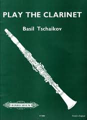 PLAY THE CLARINET