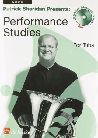 PERFORMANCE STUDIES + CD (treble/bass clef)